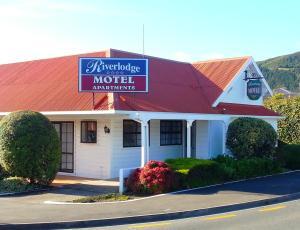 Riverlodge Motel