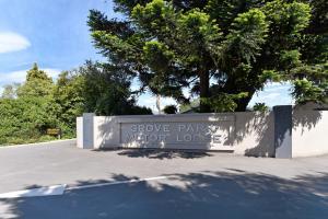 Grove Park Motor Lodge