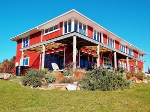 Blue Spur Farmstay - Eco home