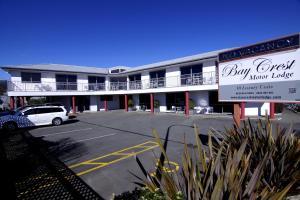 Bay Crest Motor Lodge