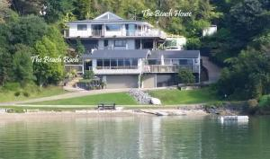 Water's Edge Holiday Homes