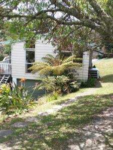 Haruru Cottage