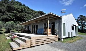 Te Arai Beach CASA DI LANA - Renovated Woolshed
