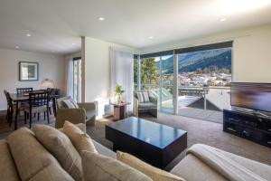 Blue Peaks Apartments