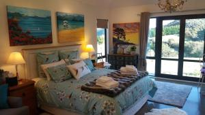 Boutique Art Retreat