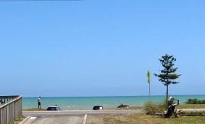 Otaki Beachfront Getaway
