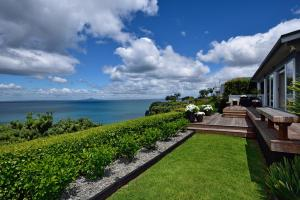 Luxury K-Lodge with Clifftop Seaview