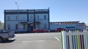 Surf Inn opunake