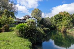 Luxury Lockwood Stream holiday home