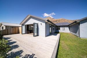Queenstown Remarkable Alpine Mountain View House