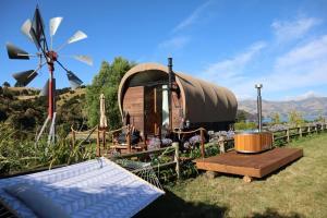 Wagon Stay at French Farm