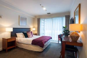Stylish stay on Queen Street