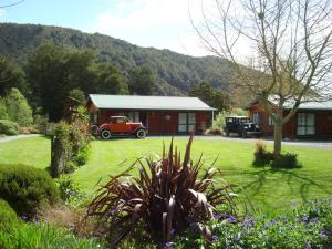 Kiwi Park Motels & Holiday Park