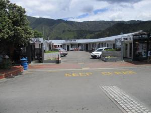 High Street Living Motel