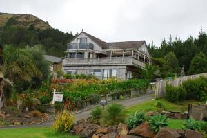 Leighton Lodge