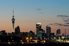 Auckland by Night Tours - Guided Luxury Van and Segway Tour with panoramic views