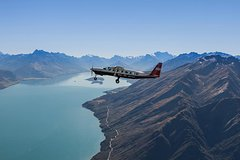Full-Day Milford Sound Flights, Cruise and Jet Boat Tour from Queenstown